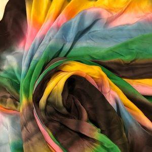 "Large silk scarf 43"""